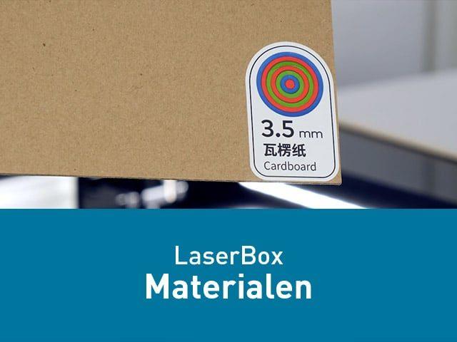 Materiaal met barcode en eigen materiaal snijden en graveren